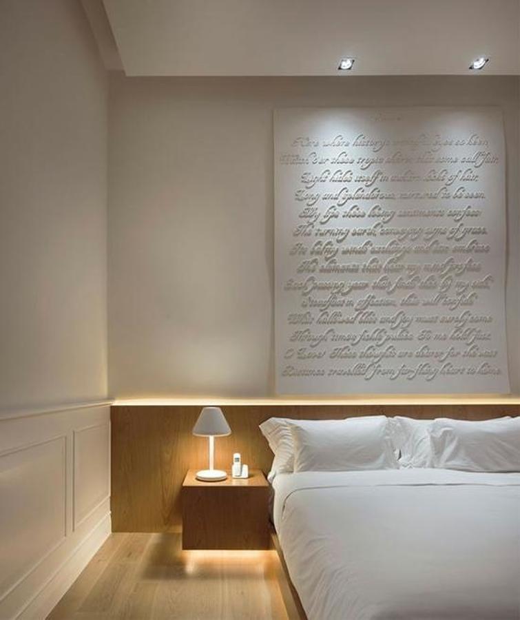 luz indirecta en dormitorio