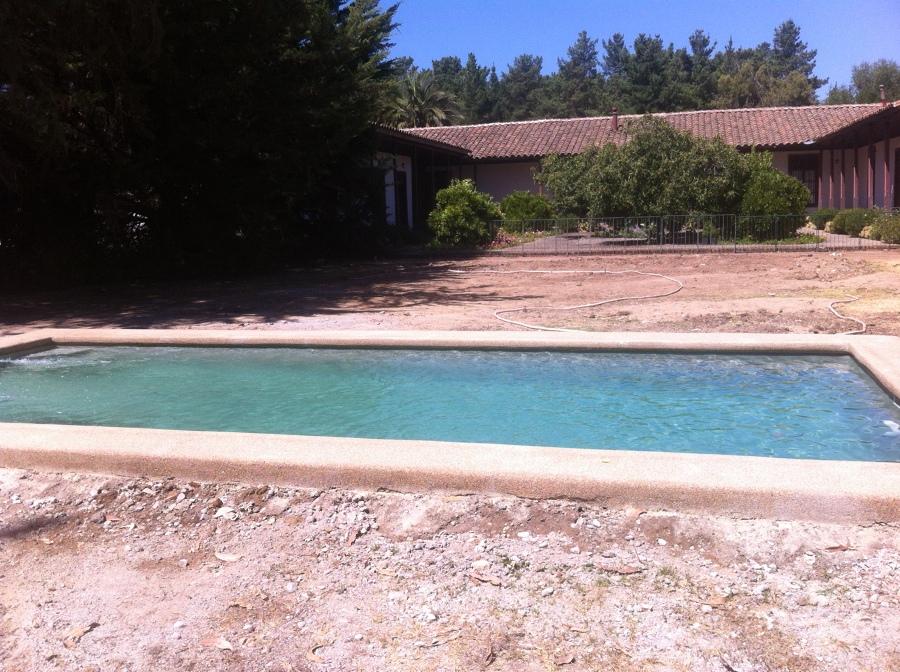Foto mallermo de aquageo 71078 habitissimo for Cuanto sale hacer una piscina en chile