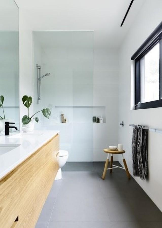 Mampara sin puerta en baño