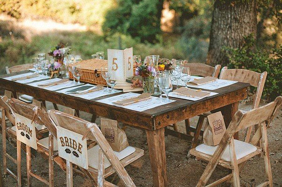mesa rústica novios simple