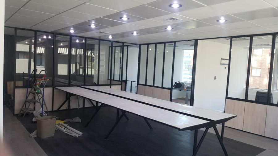 Mesón y oficinas