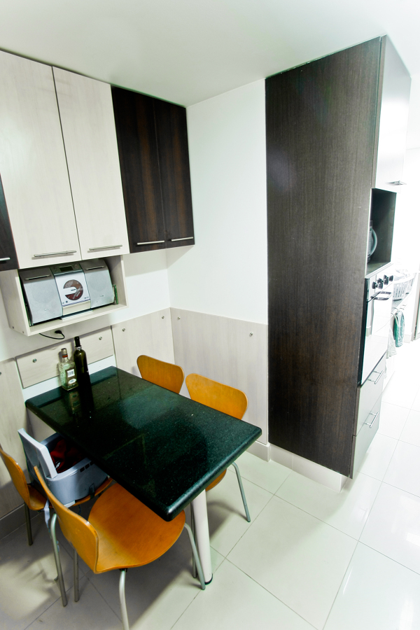 Mobiliario comedor mobiliario comedor diario mesa de for Muebles de comedor diario