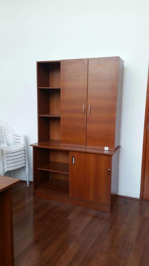 Muebles de oficina archivadores y escritorio ideas for Mesas para esquinas