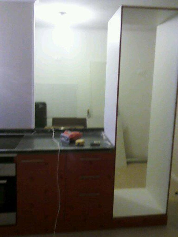 Foto muebles de cocina de alto brillo de muebles for Muebles altos de cocina