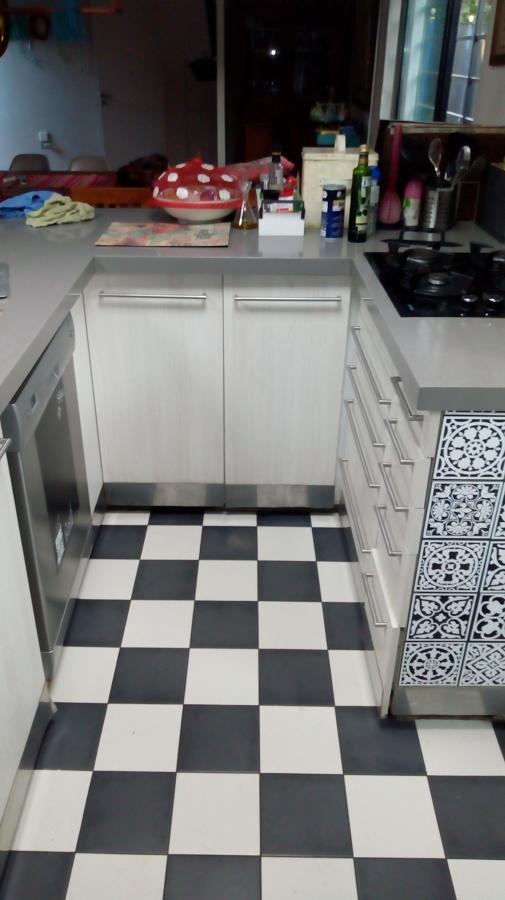 muebles de cocina deteriorados