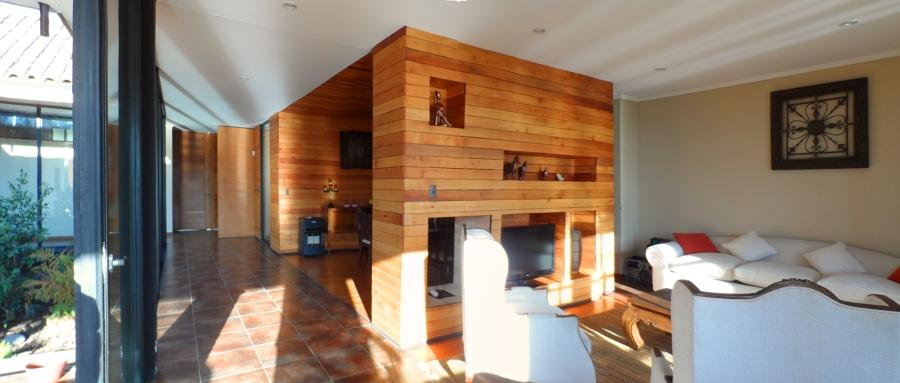 Foto muebles separador living comedor de sarmiento for Comedor estructural