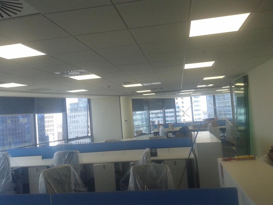 Habilitaci n de oficinas banco bbva ideas remodelaci n for Oficina bbva