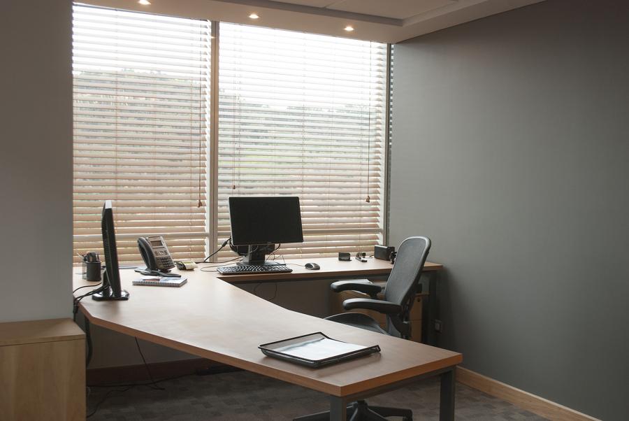 Remodelaci n integral oficinas gerenciales ideas for Diseno de oficinas gerenciales