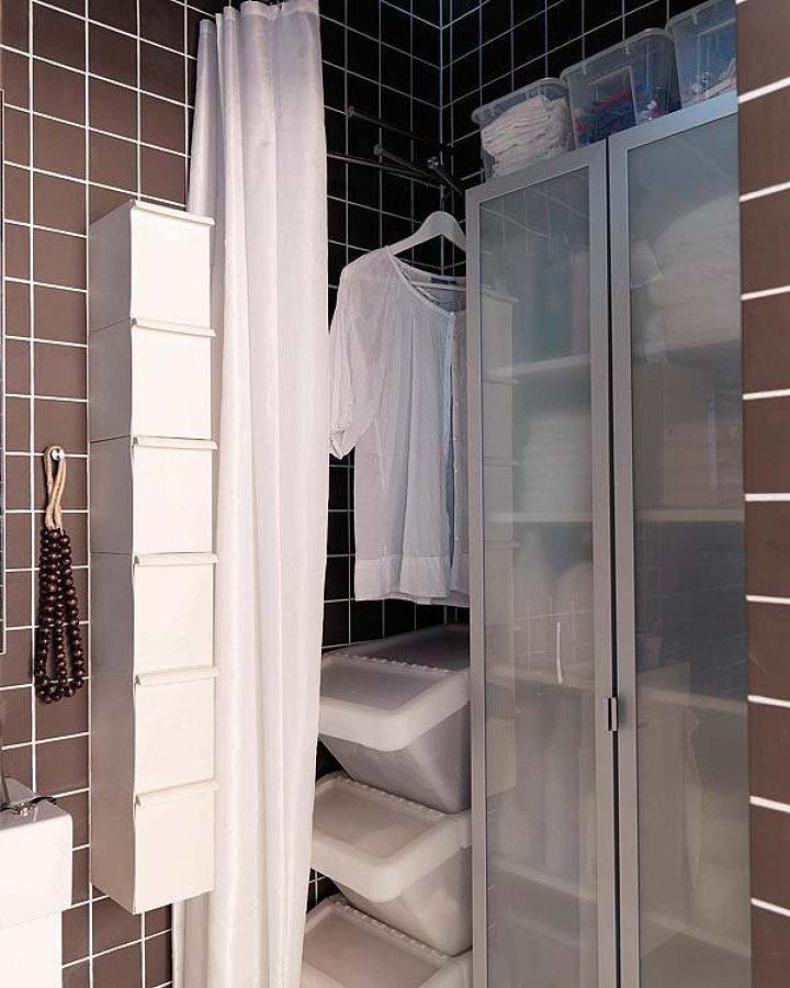Canastos para la ropa en baño-loggia
