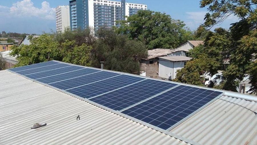 paneles fotovoltaicos de 310w cada uno