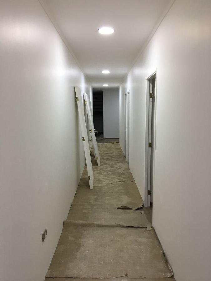 Foto pasillo algarrobito iluminacion led de - Iluminacion techo leroy merlin ...