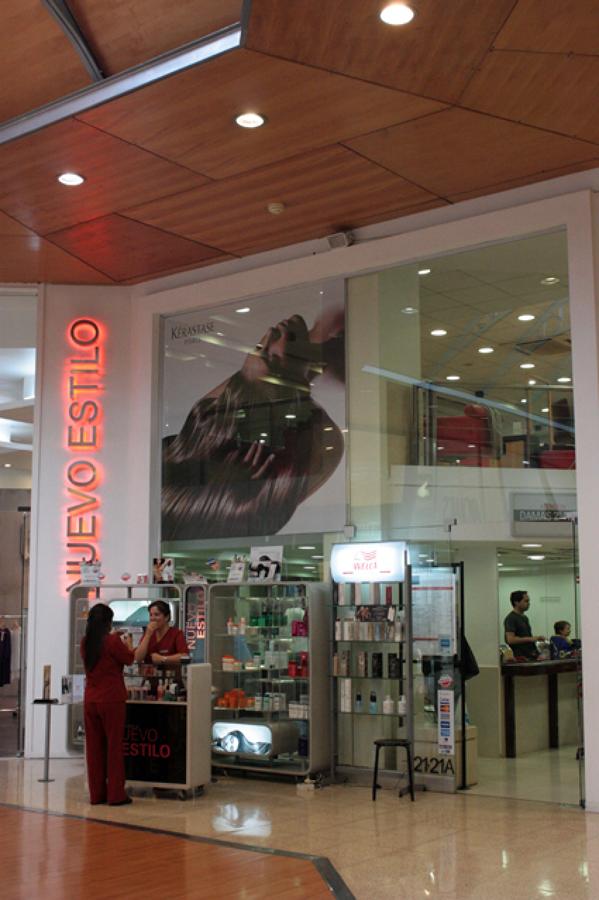 Foto peluquer a nuevo estilo remodelaci n interior de raffo richter arquitectos asociados - Nuevo estilo peluqueria ...
