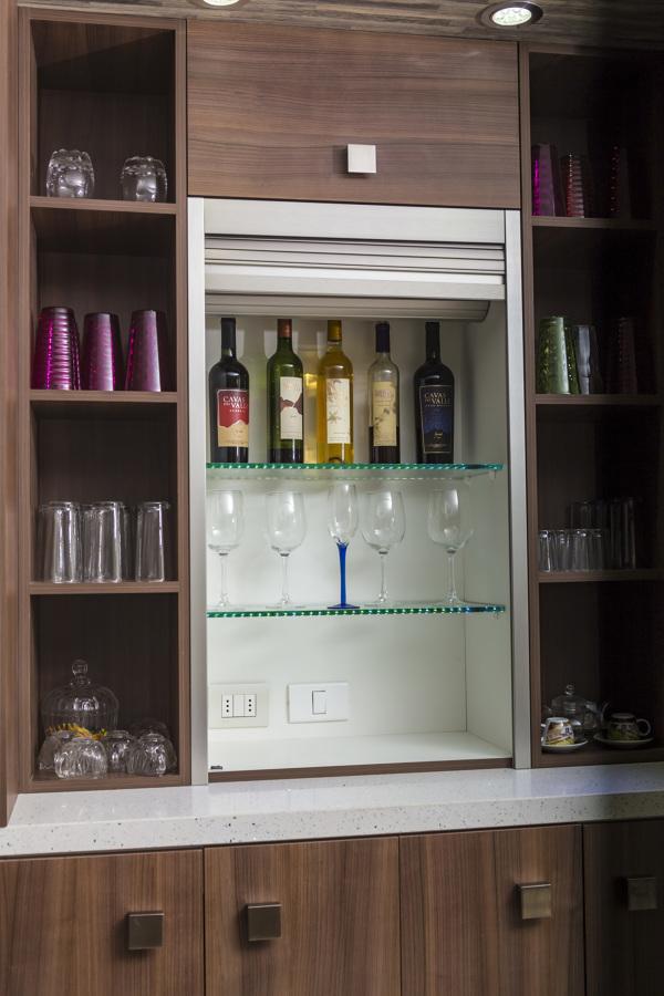 Persiana Rehau inox con iluminación led en cristal de 10mm