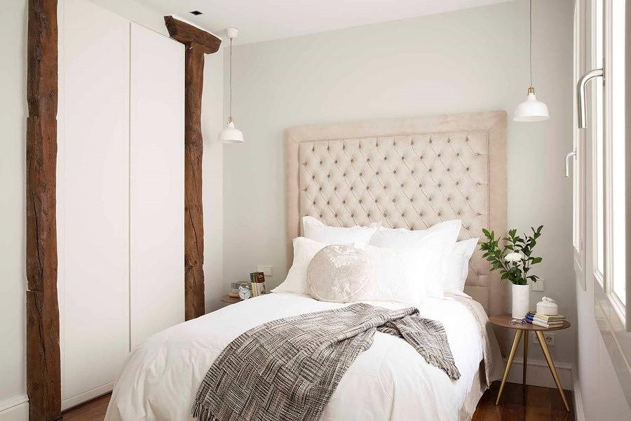 Pilares madera dormitorio