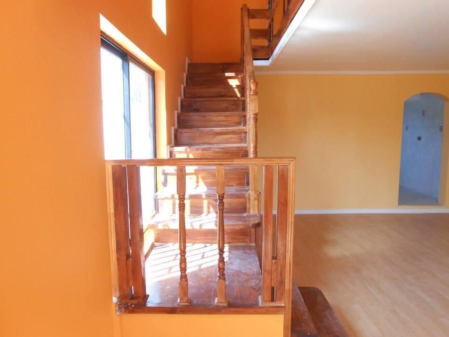 Foto pintura de escaleras barniz de construcciones puebla - Barniz para pintura ...