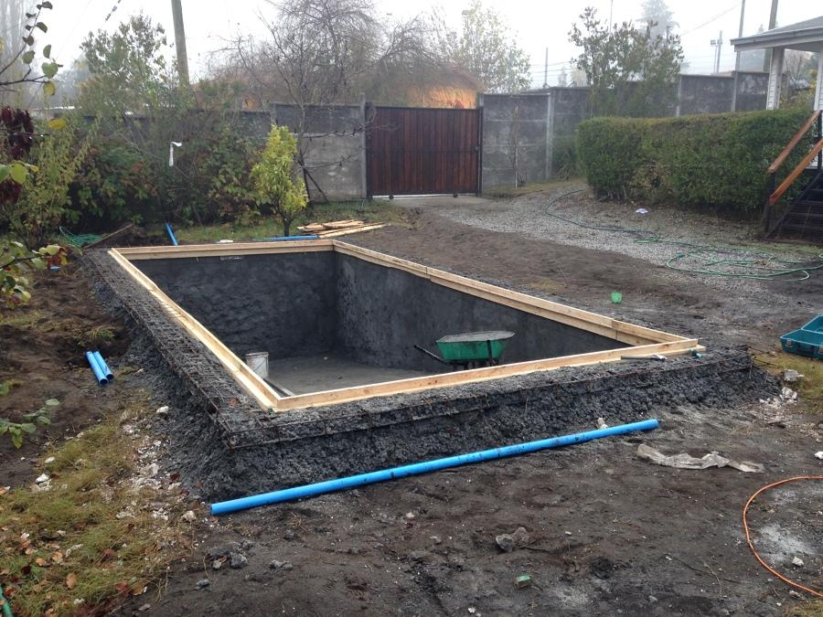 Piscina en periquillos halqui concepcion ideas for Presupuesto construccion piscina