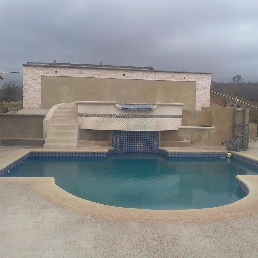 Foto piscina con jacuzzi de constructora e inmobiliaria sirica scivoletto 130462 habitissimo - Piscina con jacuzzi ...