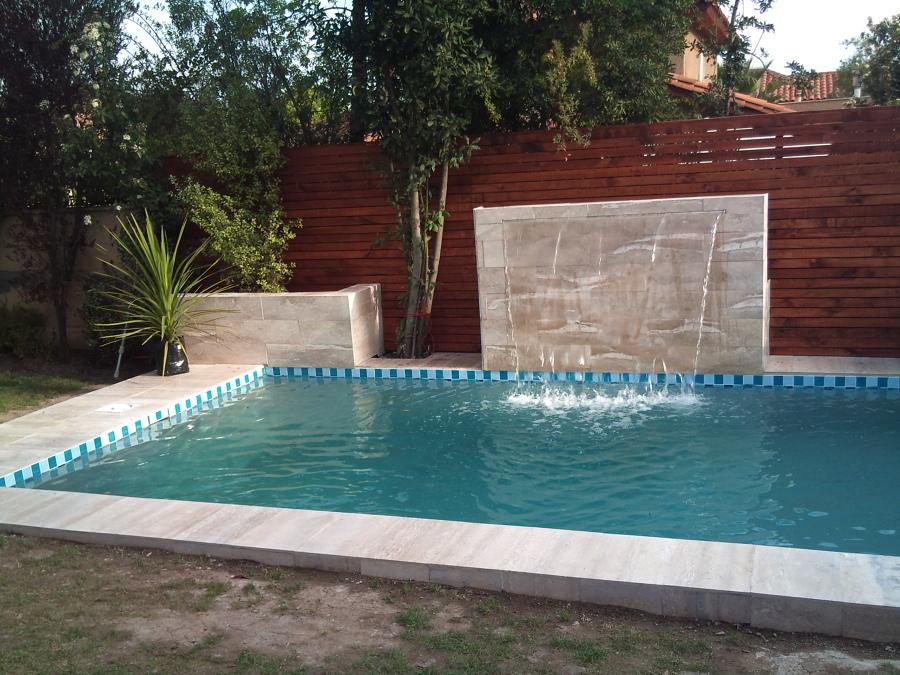Foto piscina con velo de agua de constructora donoso y asociados limitada 87556 habitissimo - Agua de piscina ...