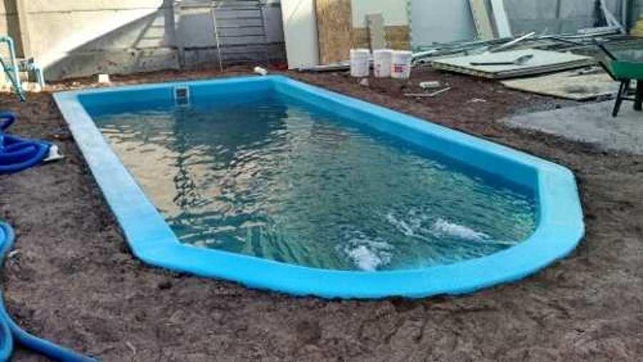 Vidrio para piscinas ideas de disenos for Piscinas de fibras