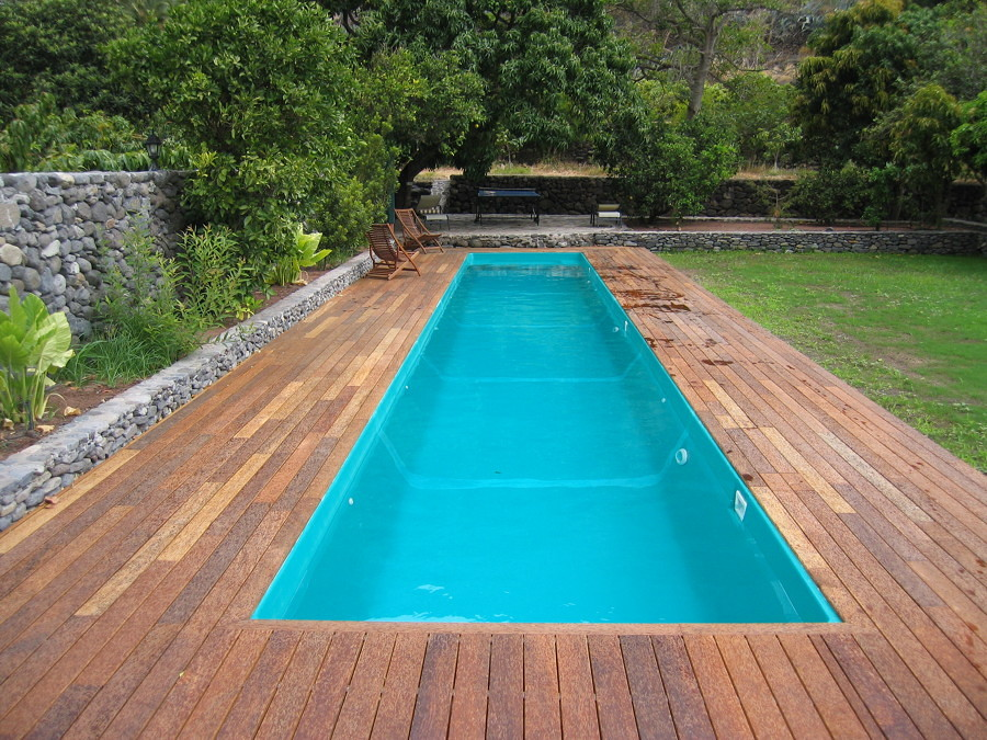 Foto piscina prefabricada de madera 114289 habitissimo for Piscinas prefabricadas madera