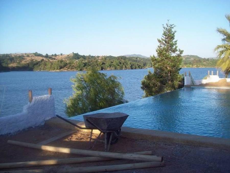 Proyecto brice o condominio costa del sol rapel for Coste construccion piscina