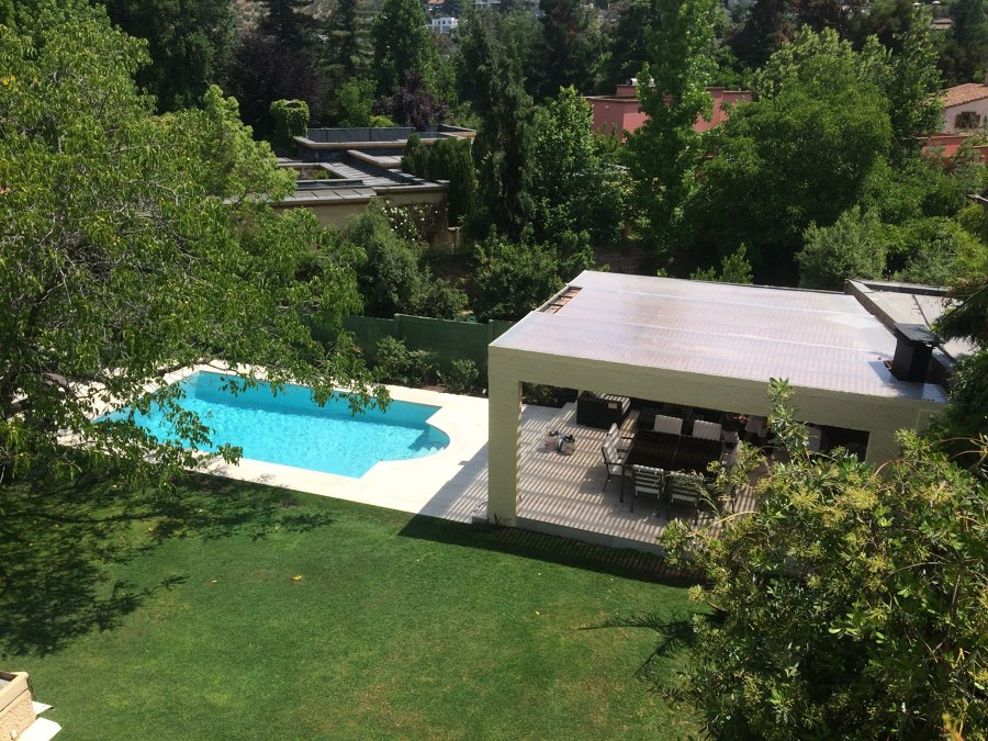 Piscina y terraza panorámica
