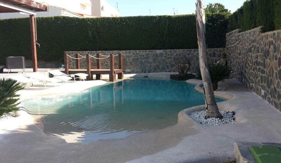 Atr vete con las piscinas de arena y acerca tu casa al mar - Construccion de piscinas de arena ...