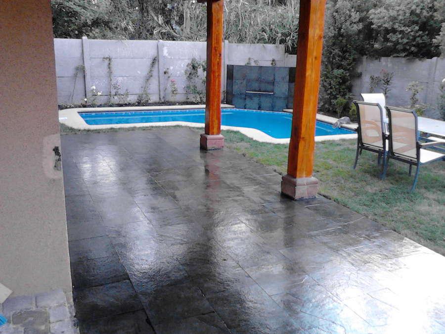 Foto piso terraza de piedra pizarra de constructora for Pisos de piedra para terrazas