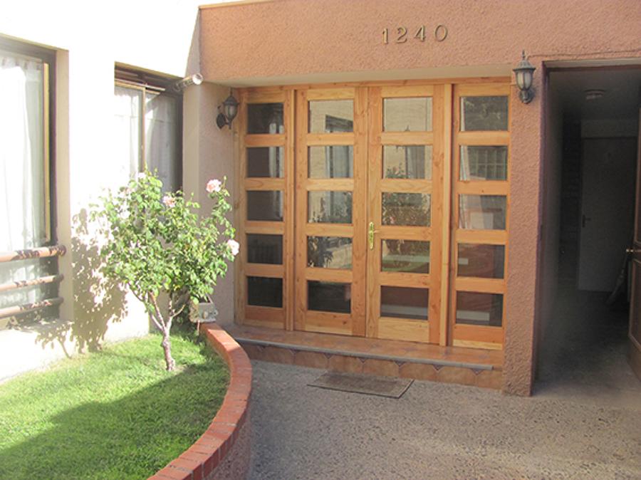 Puerta entrada Condominio Real Bone