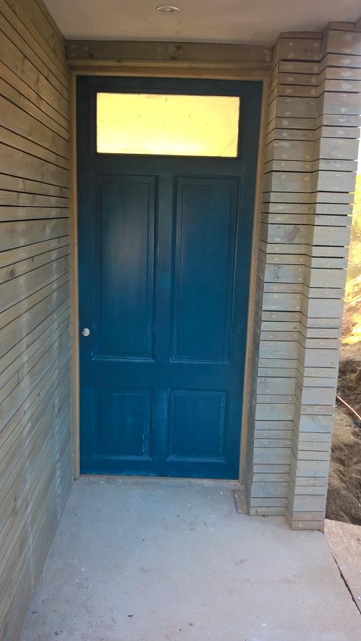puerta principal por exterior