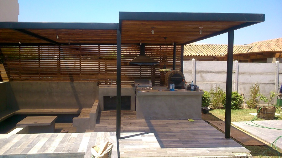 Proyecto quincho obra chicureo ideas carpinter a met lica for Casa moderna con quincho