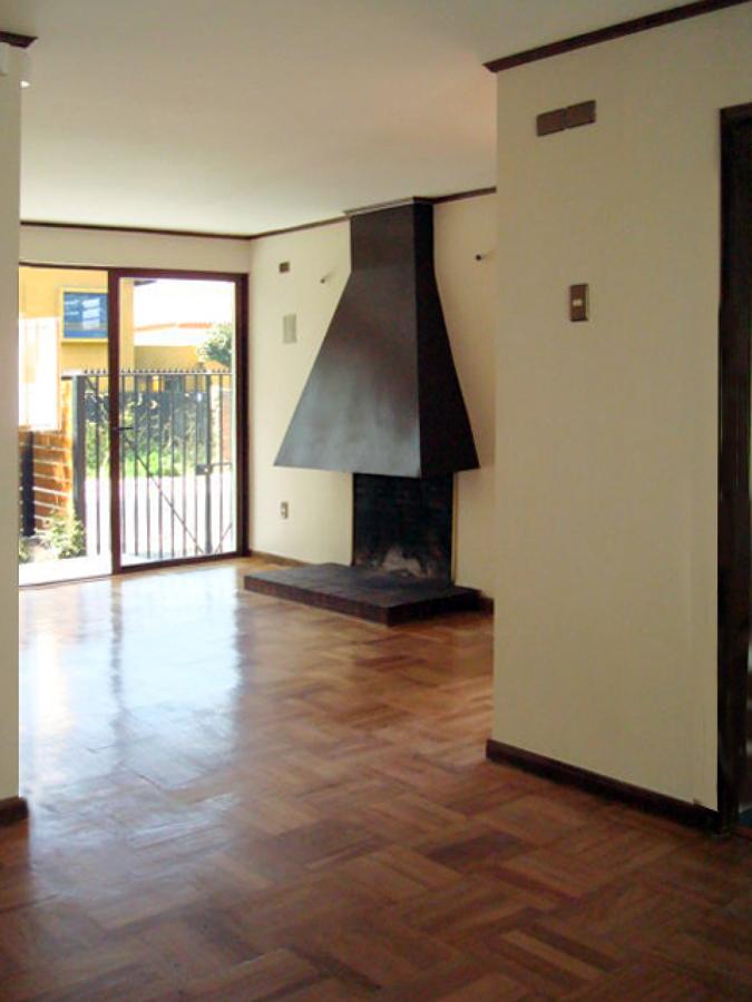 Foto remodelaci n casa habitaci n de sepulveda y torres for Remodelacion de casas