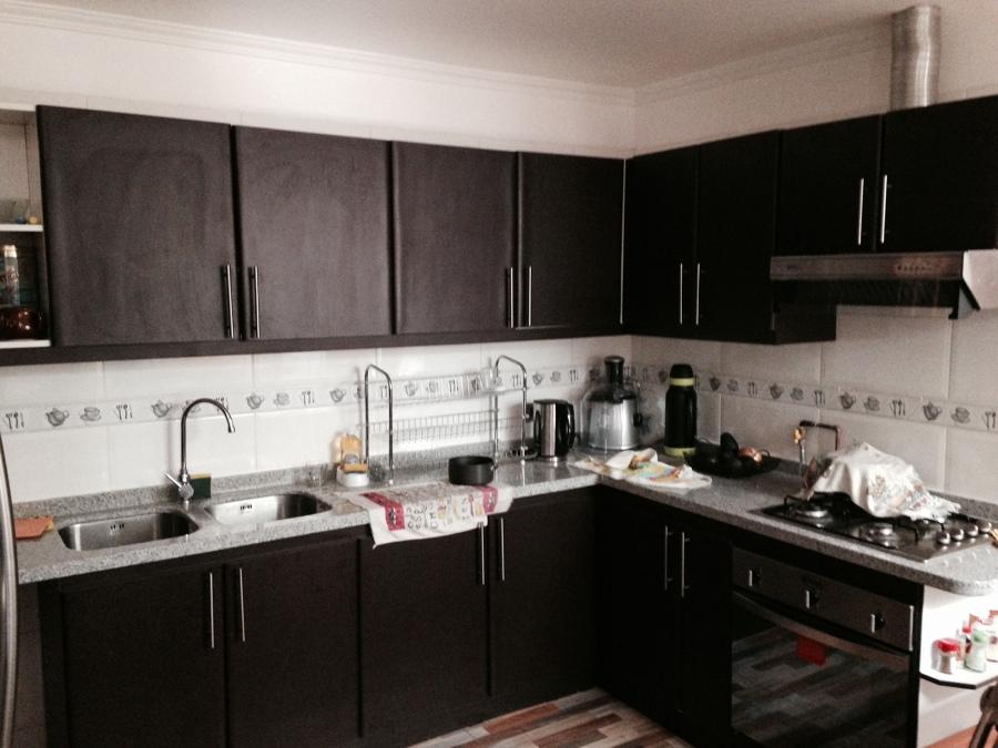 Foto remodelaci n cocina exterior de arqsol cristian for Enchapes para cocina modernos