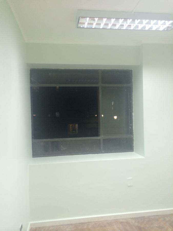 Foto remodelacion oficinas clark de empresa constructora for Remodelacion oficinas