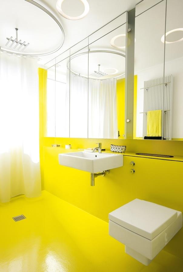 Resina epoxi en baño