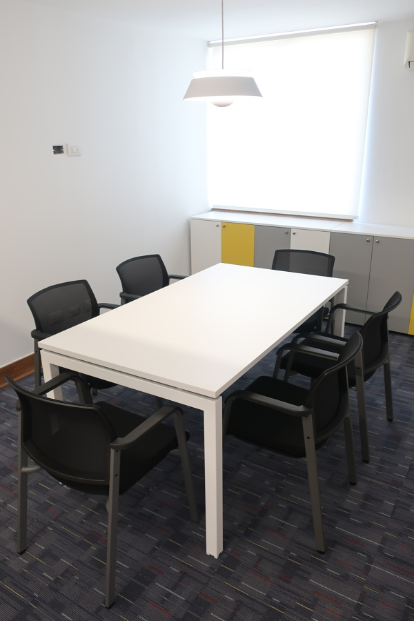 Sala de reuniones chicas