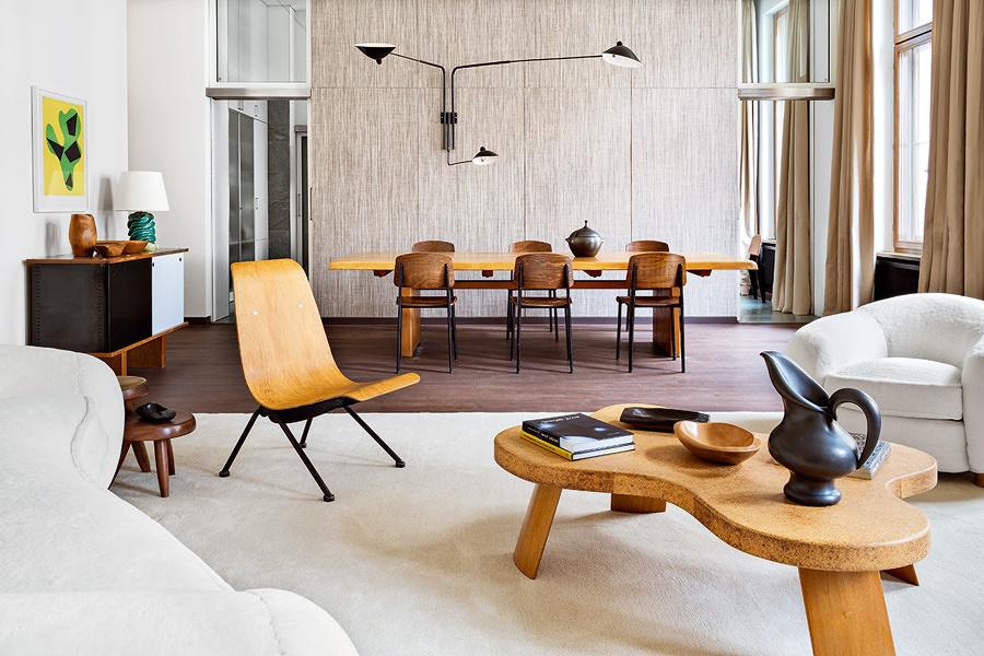 Living con muebles de madera