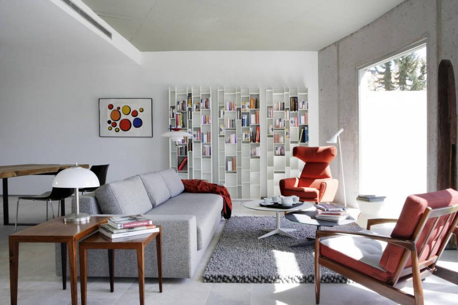 Living con textiles rojos