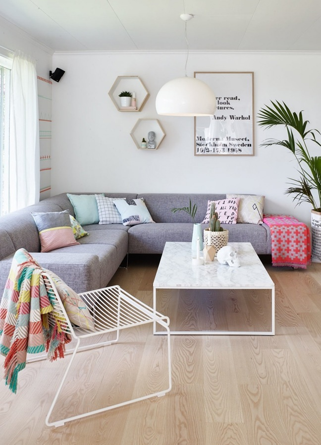 Living con sofá esquinero