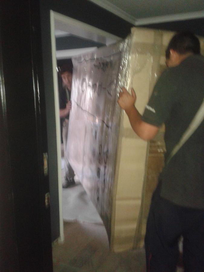 Subida De Closet Antiguo Por Escalera.