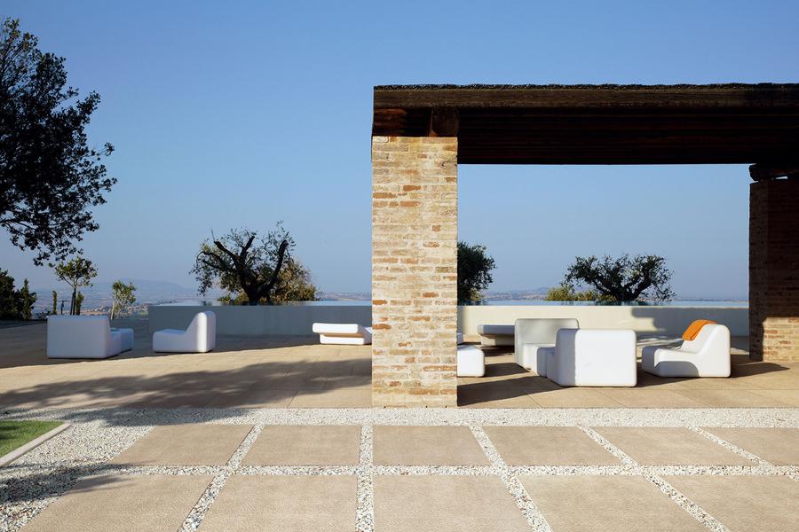 Qu tipo de suelo de terraza necesitas ideas pisos madera - Suelos jardin exterior ...