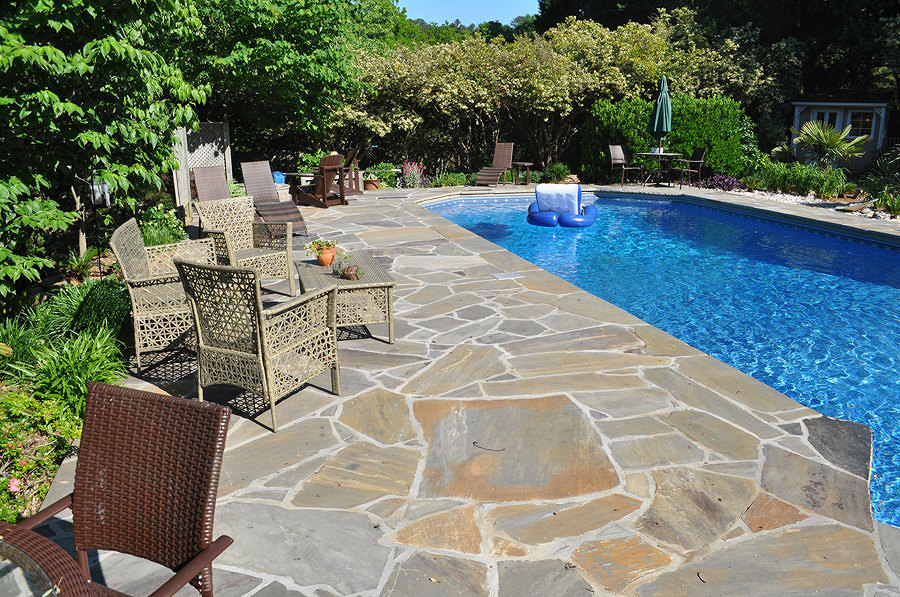 Suelo para piscinas amazing suelos de madera para for Suelo exterior piscina