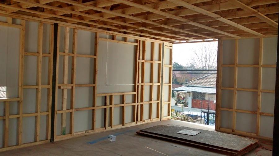 Remodelaci n y ampliaci n segundo piso ideas construcci n casa - Tabiques de madera ...