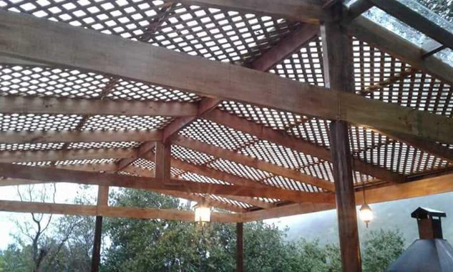 Techo de quincho en madera rustica