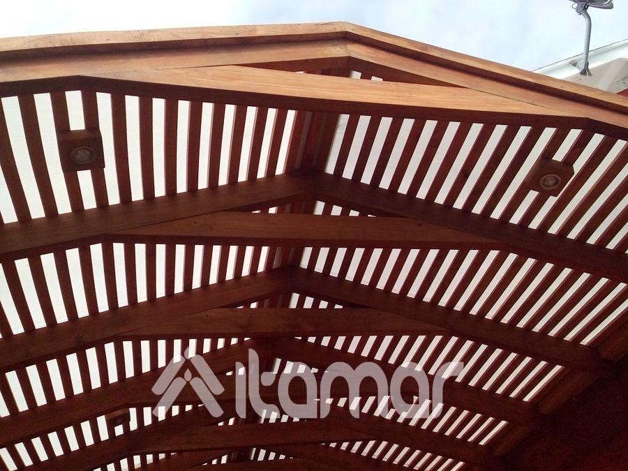 Techo dos aguas en madera nativa ideas remodelaci n casa for Tejado madera 2 aguas