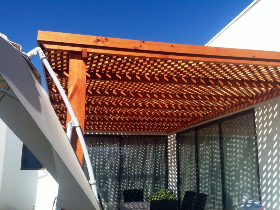Casa polo b machali ideas construcci n piscina for Techos de metal para terrazas