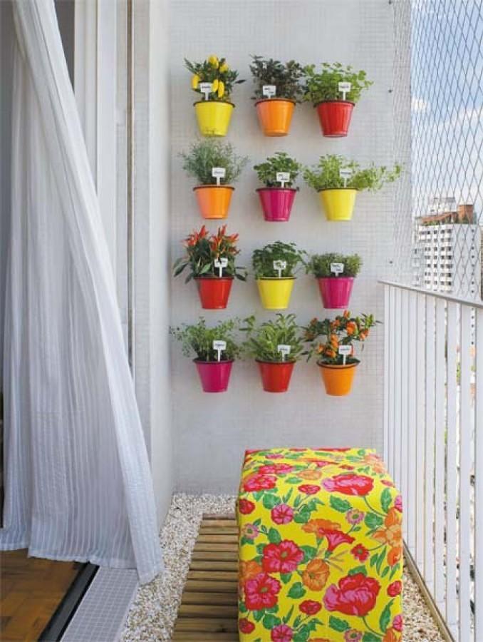 terraza con macetas