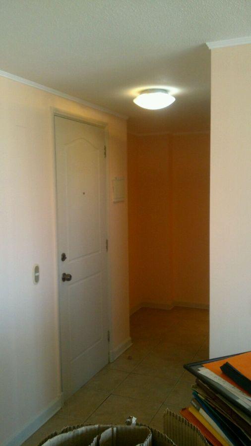 Retiro de papel mural y pintura completa de interiores for Papel mural para dormitorio