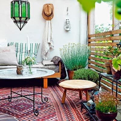 terraza con farolillos