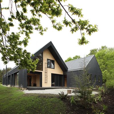 Una casa inspirada por un galpón agrícola